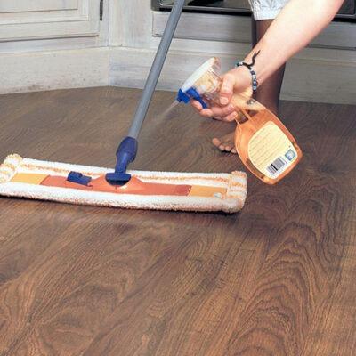 como limpiar suelo laminado