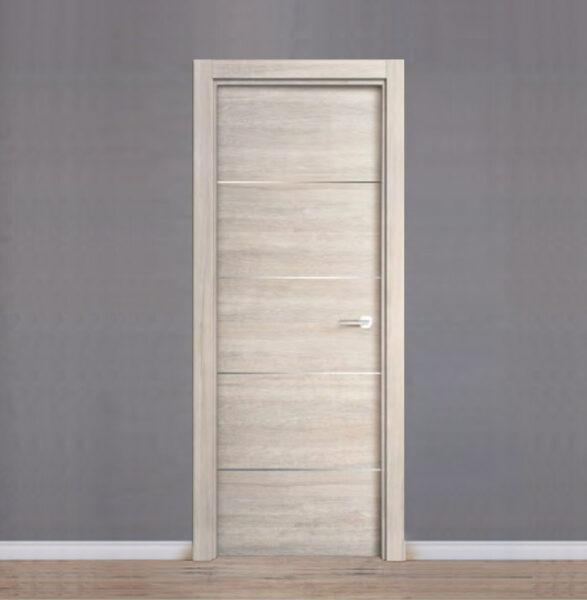 Puerta laminada gris con inserción de aluminio