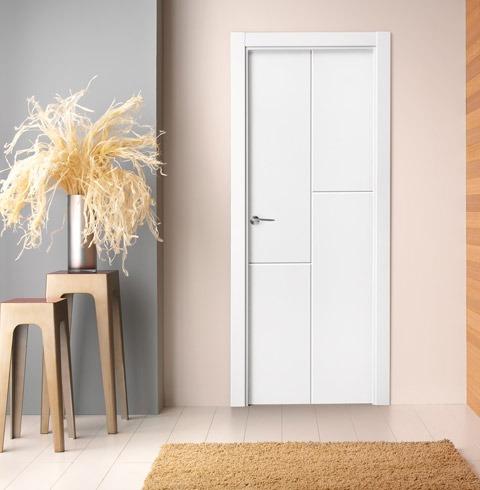 Puerta lacada blanca de inspiración retro