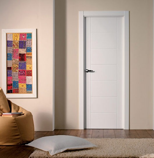 Puerta lacada blanca de interior