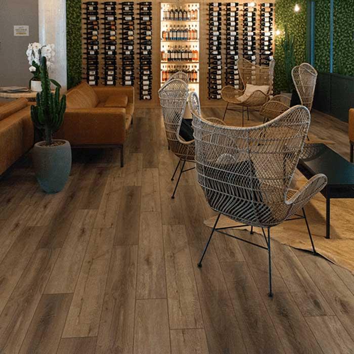 suelo vinílico bar